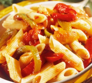 Penne with peppers and tuna