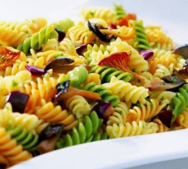 Pasta with mushrooms and aubergines